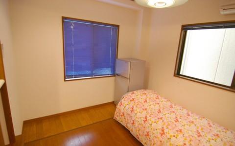 京橋6号室