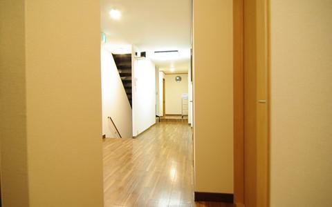 掲載用3階廊下 (1)