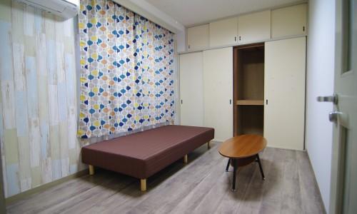 6号室 (2)